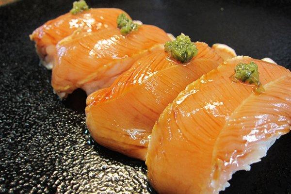 ハーブチキンささみ寿司で食中毒!原因や出店店舗はどこ?対策も!